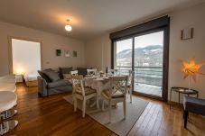 Apartment in Duingt - LES LIBELLULES - Pieds dans l'eau