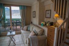 Apartment in Duingt - BAIE DES VOILES - #203 Duplex Pieds dans l'eau
