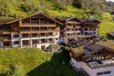 Apartment in La Clusaz - CLZ- appartement 4* centre village avec spa - 6p