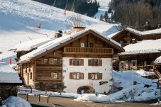 Chalet à La Clusaz - CLZ - Luxueux chalet accès pistes et jacuzzi - 9p
