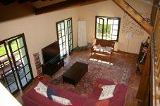 Maison à Menthon-Saint-Bernard - VILLA DE L'ARÈTE